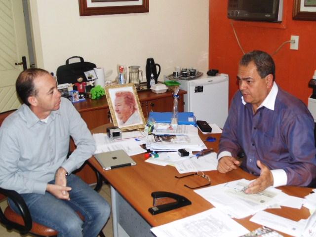 Magistério Municipal: Vereador destaca papel do Sismmap e demais profissionais em conquistas da categoria.