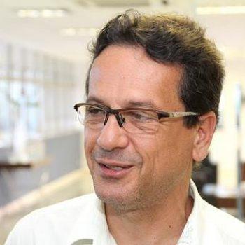 Vereador Wistuba cobra cumprimento de acordo com professores