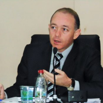 Vereador Adalberto quer impedir fraudes em programas habitacionais.