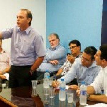 Adalberto Araújo inaugura nova coluna na Gazeta Parnanguara e site oficial
